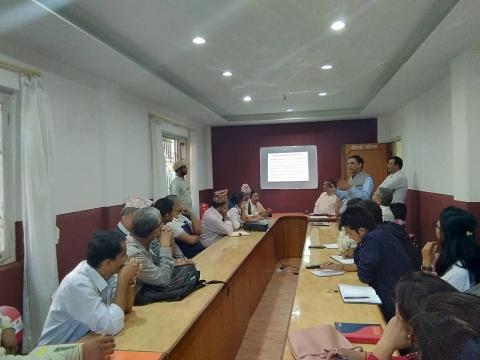 एकीकृत सहरी विकास योजना(IUDP) सम्बन्धी गोष्ठीमा सहभागी कुश्मा नगरपालिकाका प्रमुख लगायत सहभागीहरु ।